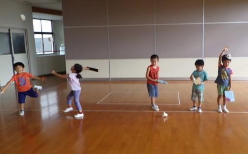 お遊戯室で練習